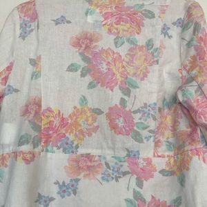 Old Navy Jackets & Coats - Lovely, unique, floral print lightweight blazer